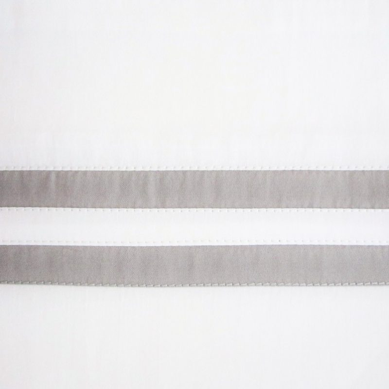 swatch_ribbons_white_chrome